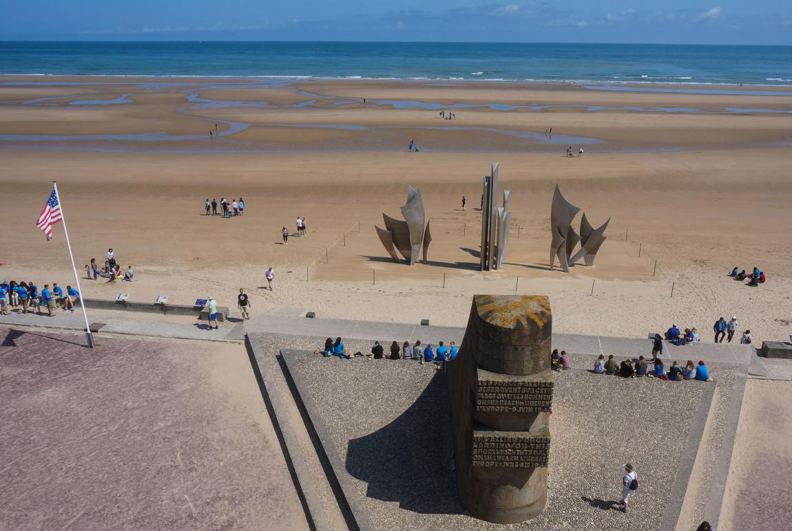 Guided tours on the D-Day Landing beaches - Caen Memorial Museum